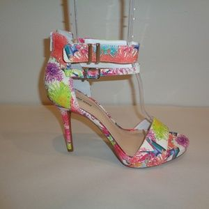 Gianni Bini Size 10 M Floral Heeled New Sandals